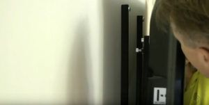 Кронштейн для телевизора на стену как выбрать крепление