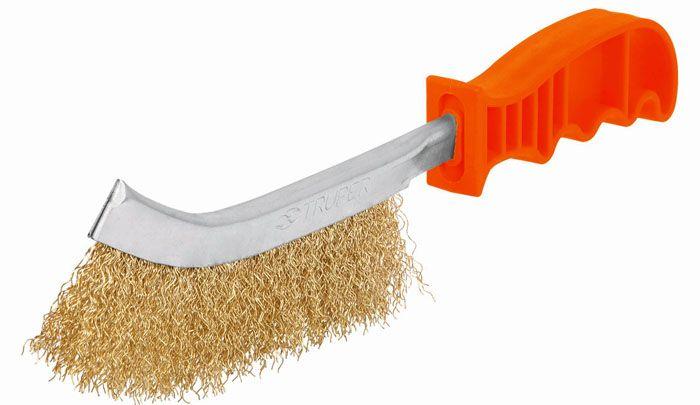 Металлическая щётка поможет удалить любую грязь