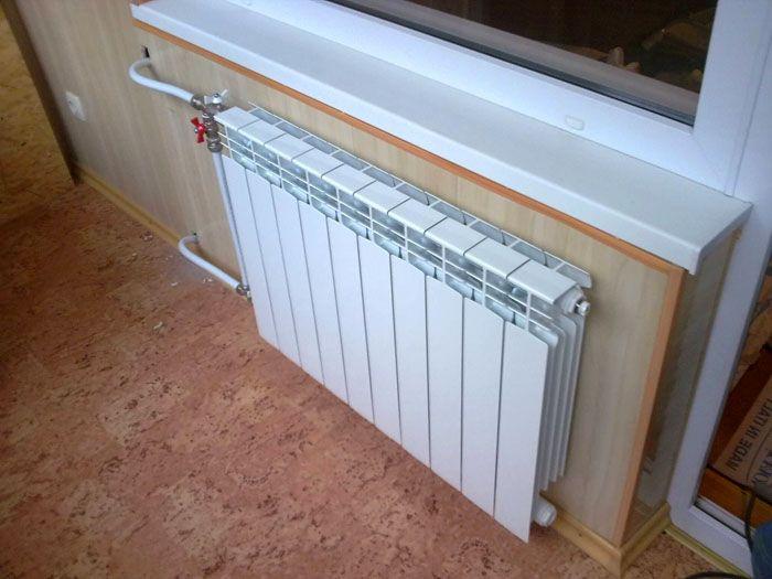 Нельзя переносить радиатор отопления на балкон – это запрещено законом