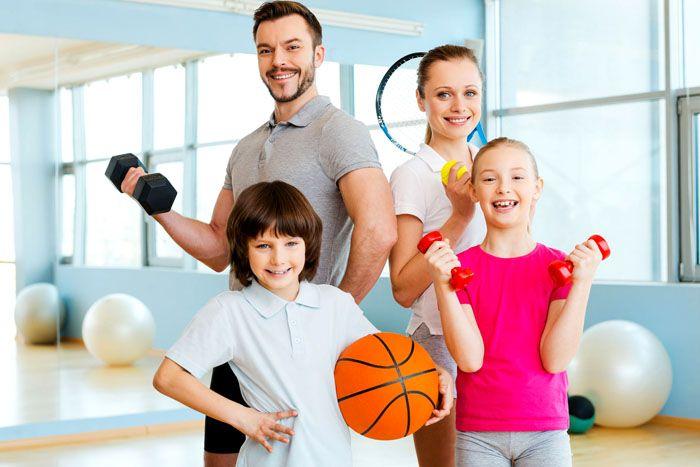 Совместные занятия спортом сблизят вас с ребёнком и доставят много радости