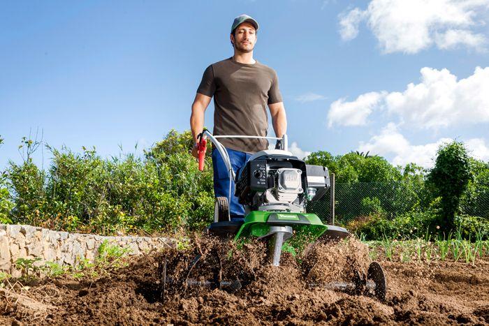Подберите необходимое навесное оборудование и наслаждайтесь процессом без особых физических усилий!