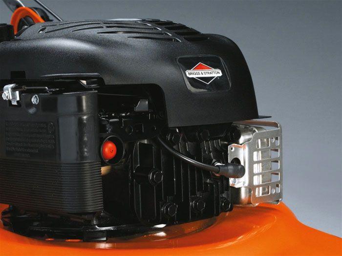 Бензиновый двигатель газонокосилки «Хускварна»