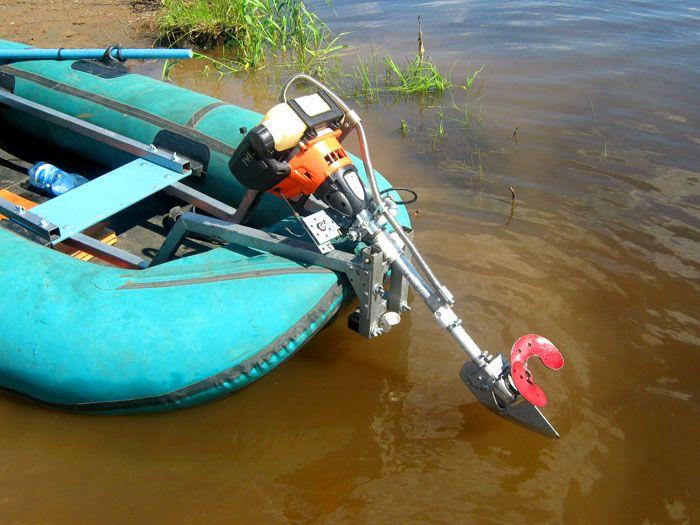 Да, от рыбнадзора на таком моторчике не уйти, но если вы за честную рыбалку – его вполне будет достаточно, чтобы добраться до места