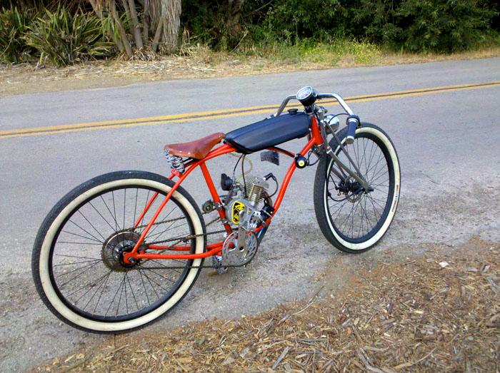 Для превращения велосипеда в мопед своими руками из бензопилы потребуется смекалка и минимум инженерных знаний