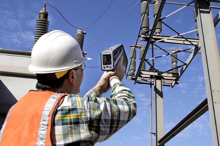 Для выполнения тепловизионного контроля должны привлекаться квалифицированные и аттестованные специалисты