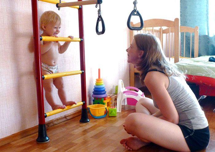 Постоянный контроль за ребёнком во время использования спортивного комплекса – это залог безопасной эксплуатации подобных сооружений