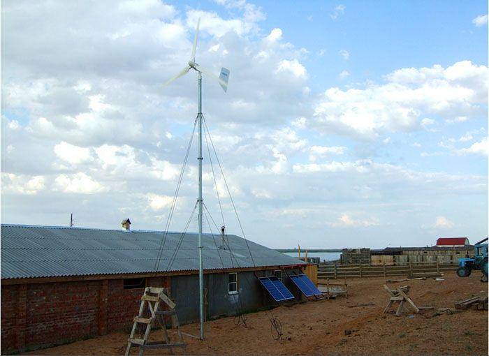 В местах, где нет централизованного электроснабжения, ветровой генератор и солнечная станция становятся основным источником электрической энергии