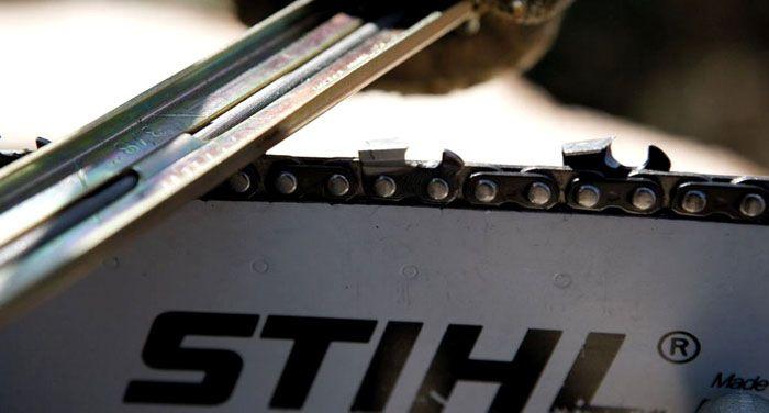 Заточка при помощи напильника требует опыта и наличия знаний по устройству цепей различного типа и назначения
