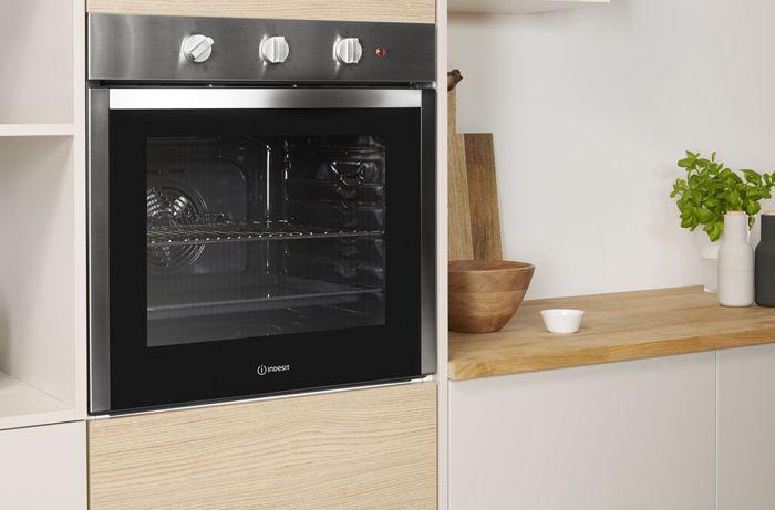 Встраиваемый независимый газовый духовой шкаф может быть установлен в удобном для использования месте