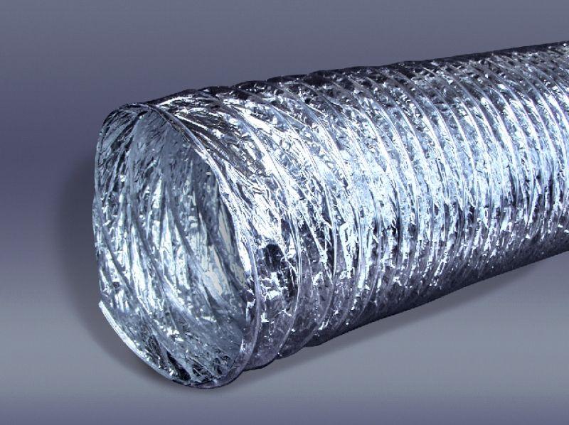 Гофрированная труба из алюминия обладает малым весом и имеет каркасную конструкцию