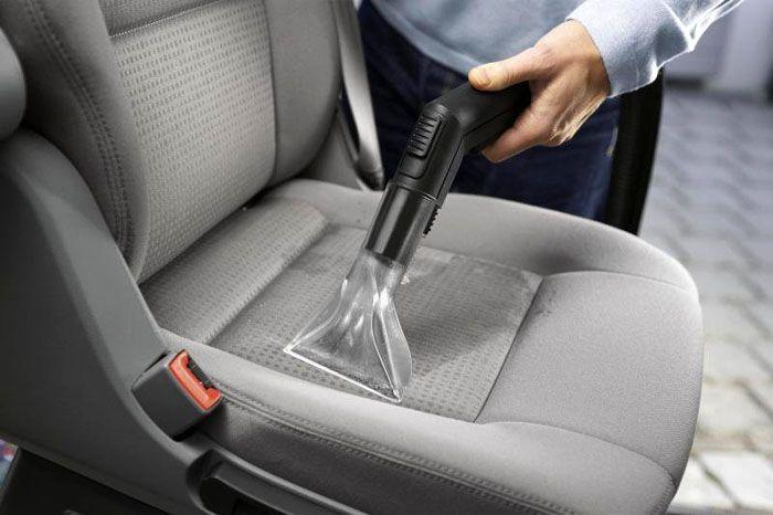 Наличие специальных насадок позволяет с лёгкостью выполнить уборку салона автомобиля