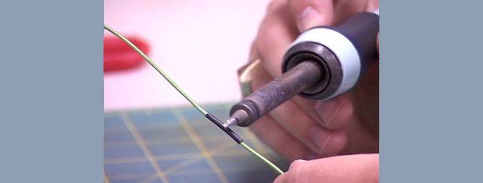 Монтаж термоусадки с использованием электрического паяльника