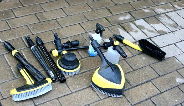 Насадки для моющих пылесосов Керхер продаются отдельно, поэтому всегда есть возможность купить необходимую для использования, в том числе для мытья автомобиля