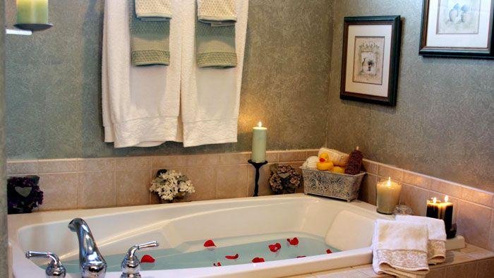 Такое оформление ванной комнаты выглядит немного нетрадиционно, но вы оцените удобство его эксплуатации