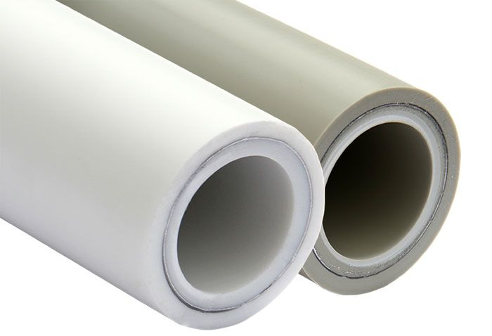 При рассмотрении изделия в разрезе видна алюминиевая прослойка