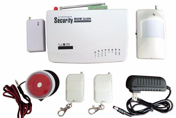 В стандартный комплект сигнализации входят: GSM-модуль и набор датчиков, брелоки управления и сетевой адаптер