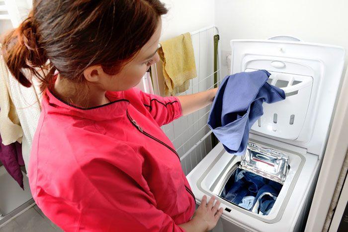 Для загрузки белья не нужно нагибаться, что очень удобно при использовании