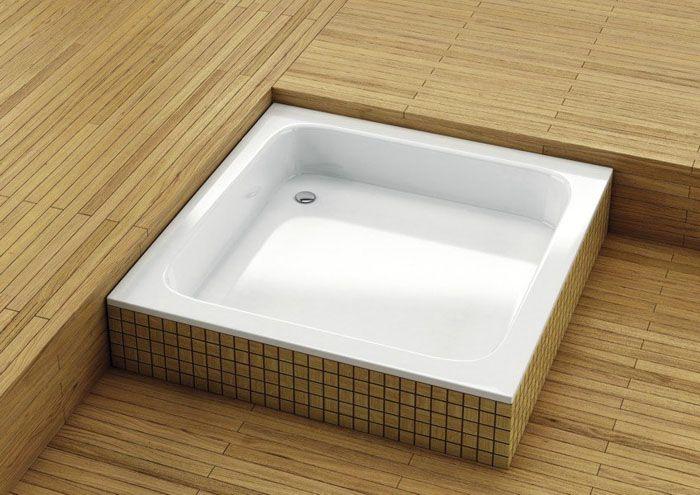 Стальной поддон серии «BLB» квадратной формы размером 900×900 мм