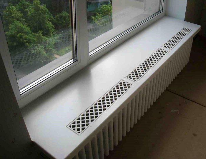 Использование нескольких отдельных изделий для обрамления вентиляционных отверстий на окне большой площади