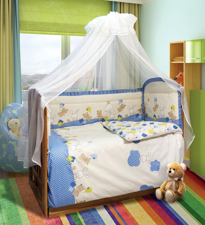 Через балдахин не пролетают комарики, а также он защищает спящего малыша во время открытых форточек