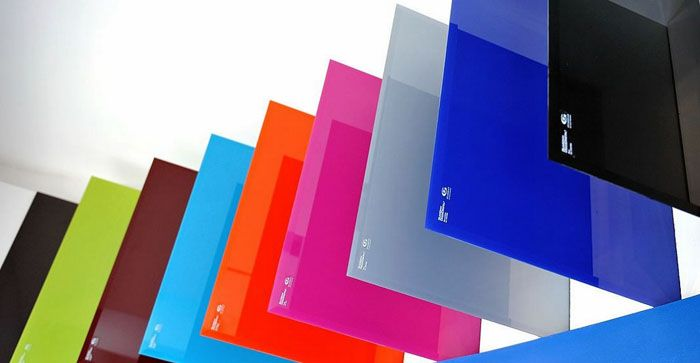 В широком ассортименте стандартных предложений несложно найти оттенок, соответствующий дизайнерским требованиям