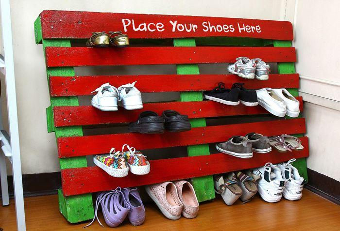 Для обувницы можно использовать цельный поддон