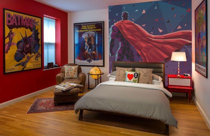 Геройская тематика киноиндустрии прекрасно вписывается в интерьер подростковой комнаты или любителя комиксов. Такие постеры являются фото большого формата и часто заполняют всё пространство на стене