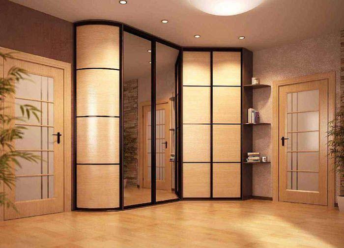 При удачном стечении обстоятельств размеры углового шкафа будут в точности соответствовать параметрам спальни