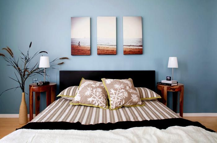 Если в комнате располагается спальное место, но не стоит вешать в ней кричащие изображения, вызывающие взрыв чувств и всплеск эмоций — лучше подойдут умиротворяющие пейзажи