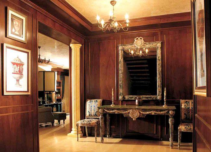 Вы встретите деревянные панели не только в элитных коттеджах, но и в дорогих ресторанах, гостиницах и других статусных заведениях