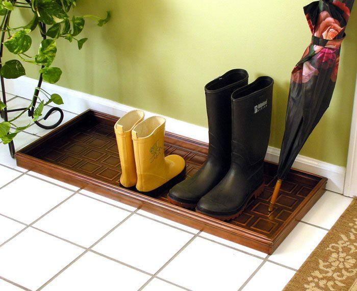 Представляем совсем интересное решение для прихожей, особенно в мокрое время года