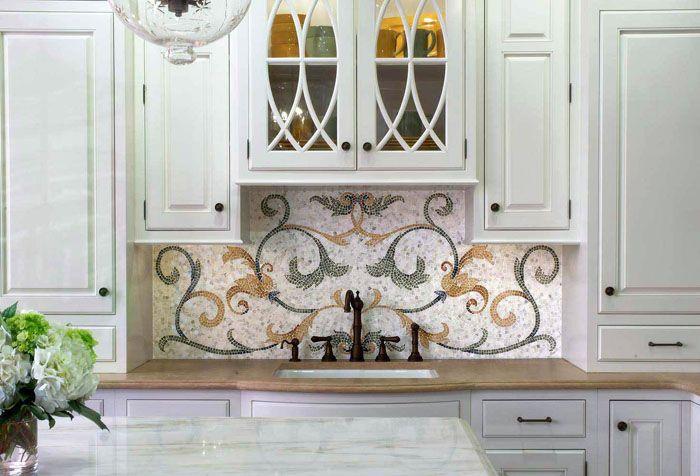 Орнаменты могут идеально вписаться под определённый стиль кухни