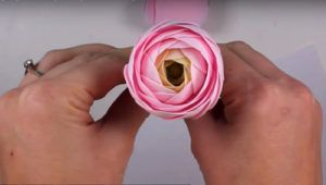 Screenshot_16-300x170 Цветы из фоамирана своими руками – с чего начинать