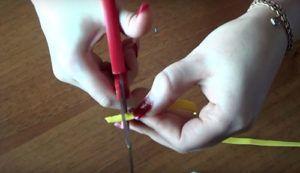 Screenshot_2-10-300x173 Цветы из фоамирана своими руками – с чего начинать
