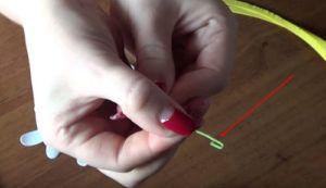 Screenshot_4-9-300x173 Цветы из фоамирана своими руками – с чего начинать