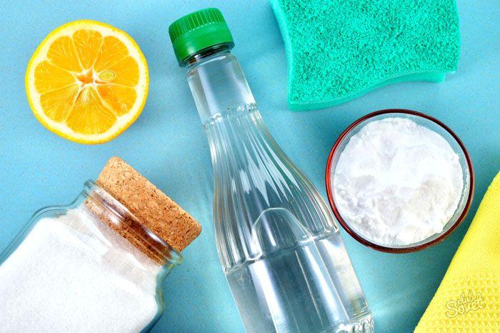 Заменить покупной состав можно концентрированным раствором лимонной или уксусной кислоты