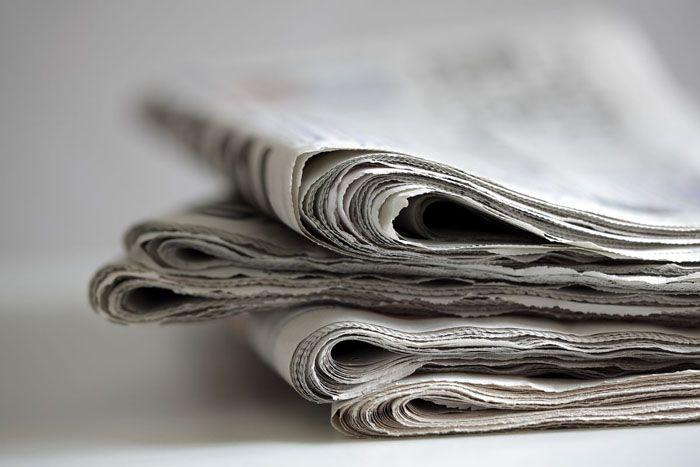 Не стоит выбрасывать газеты сразу после прочтения, если их можно применить в быту