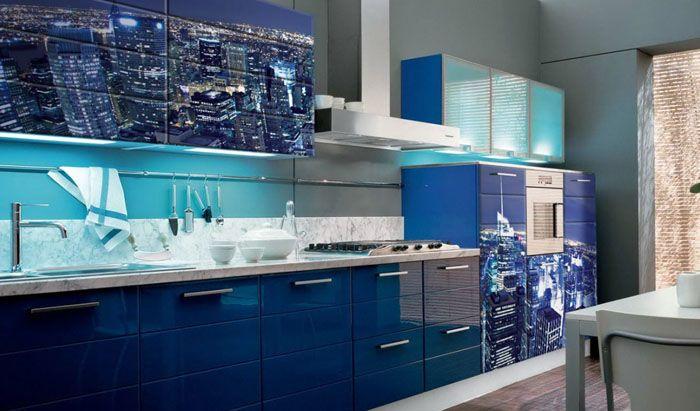 Синий− хорошо смотрится в крупных комнатах. Он подходит для оформления респектабельных интерьеров
