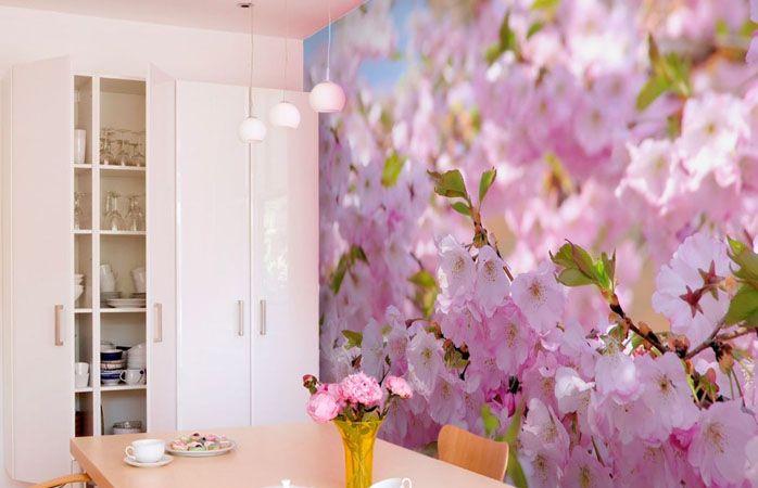 Можно купить стереообои на кухню в особенно нежном цвете, что создаст на кухне приятную атмосферу