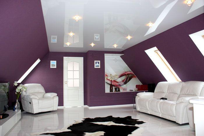 Белая эмаль отлично смотрится на межкомнатных дверных изделиях. Всегда можно купить эмаль другого цвета и сменить покраску