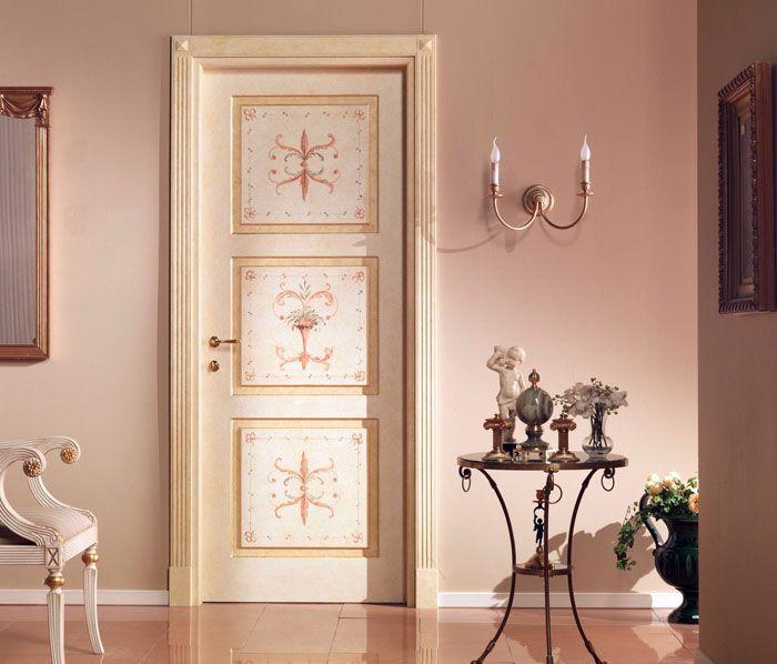 Нежность цветочных узоров и изгибов подойдёт для комнаты юной романтичной девушки