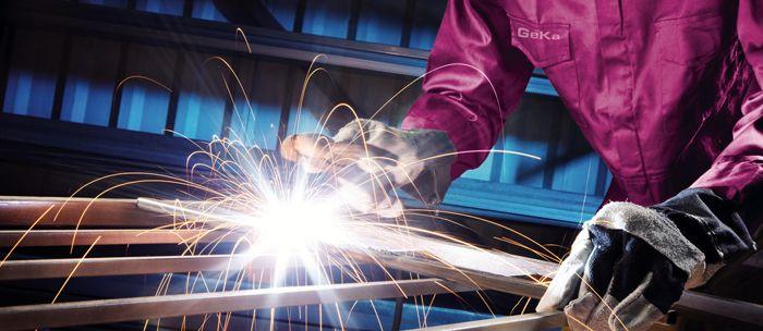Крепление сваркой − простой и надёжный способ создания композиций из металла