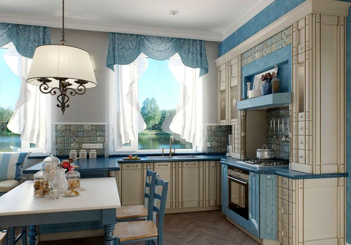 Голубым выделяют отдельные части мебели. Обратите внимание, что цвет повторяется в шторах, стульях, других элементах интерьера
