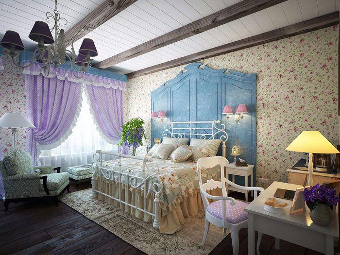 Балочные деревянные перекрытия также дополняют впечатление от дизайна комнаты