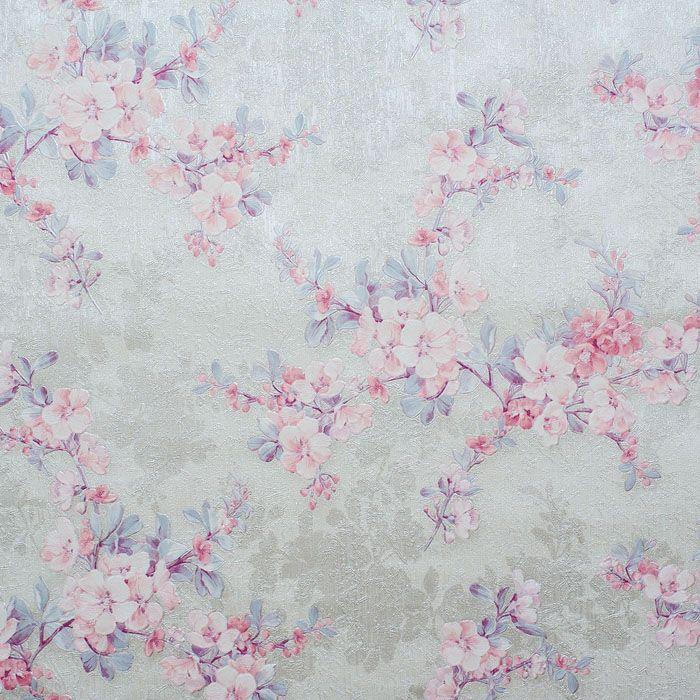 Если хочетсякупить обои для спальни в стиле прованс, то выбор останавливают на цветочных рисунках