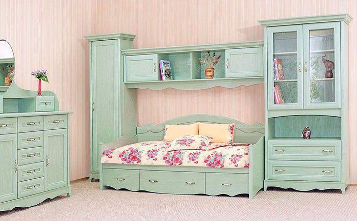 Модули создают в комнате готовый интерьер, поэтому важным моментом является выбор цвета