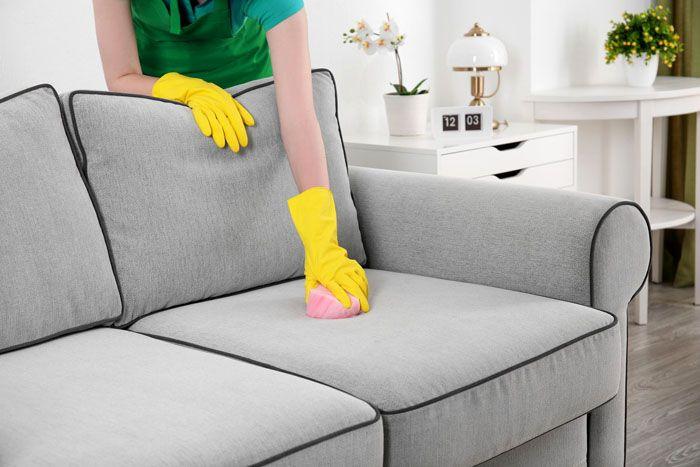 Тип обивки требует соответствующего средства очистки