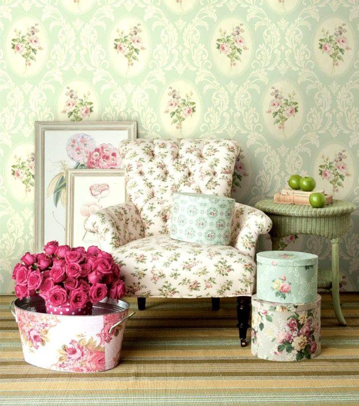 Только представьте себе, как вернувшись домой, приятно сесть в мягкое кресло и наблюдать, как заходящие лучи солнца золотят нежный текстиль и играют на цветочных стенах!