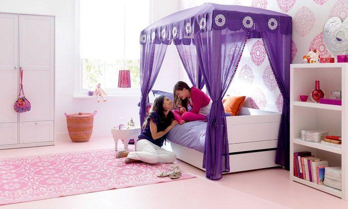 Для маленьких принцесс подобрать соответствующий полог несложно – им понравится практически любой вариант
