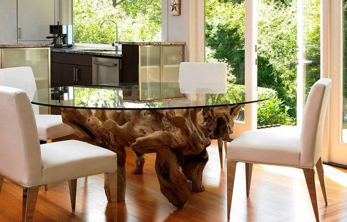 Дерево и стекло — если конструкция смотрится тяжеловесной, ей не подойдёт кухня в духе минимализма